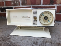 1968 Sears Solid State AM Radio Restoration